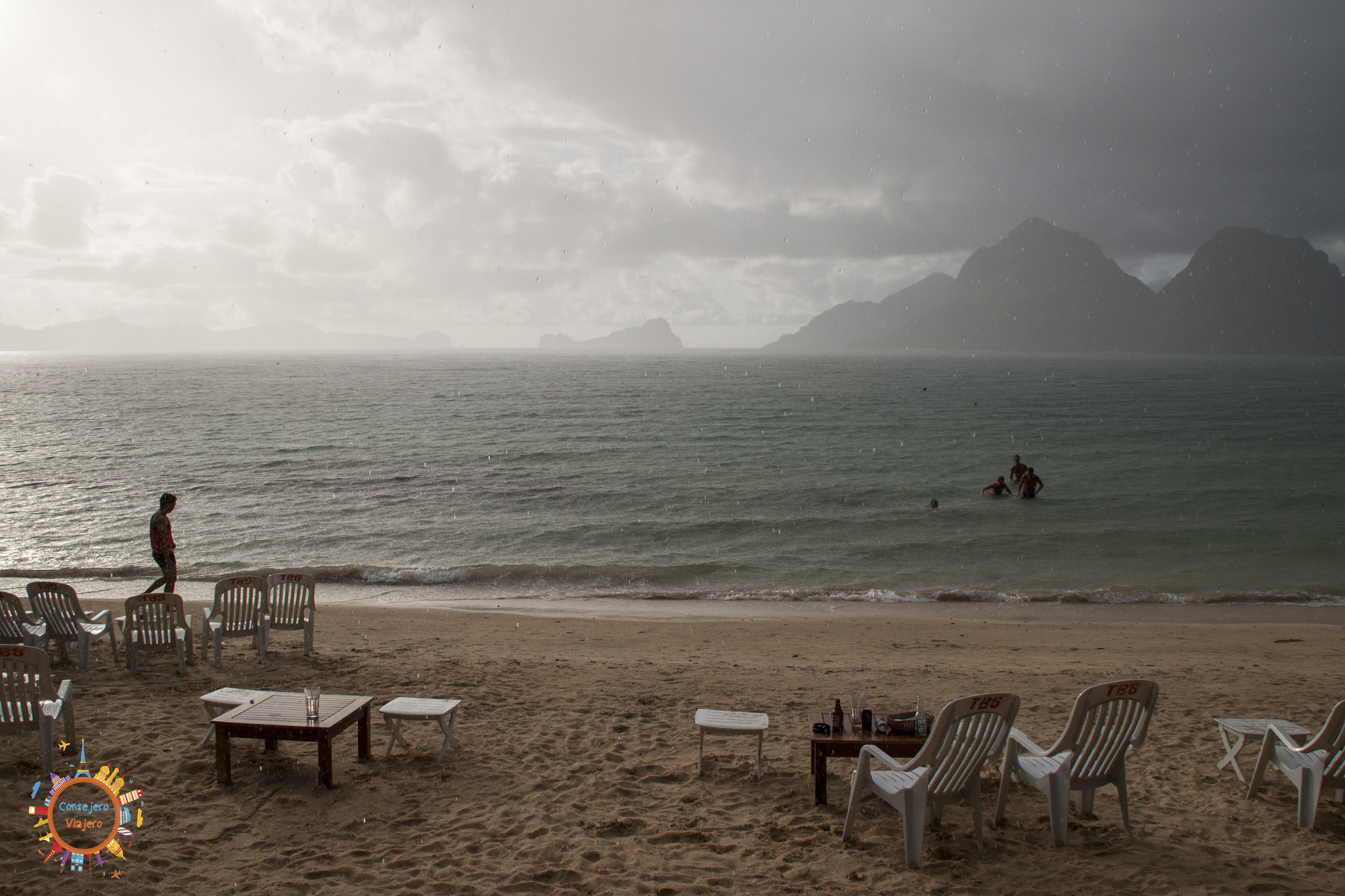 las cabañas beach
