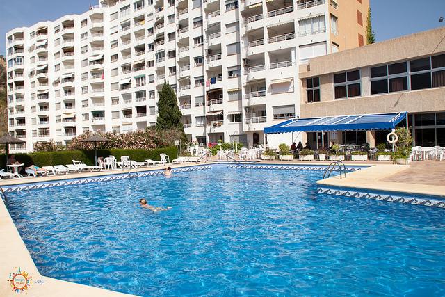 swiming pool bluesense