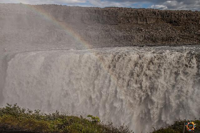 detifoss waterfall