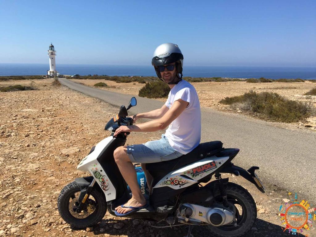alquiler moto formentera
