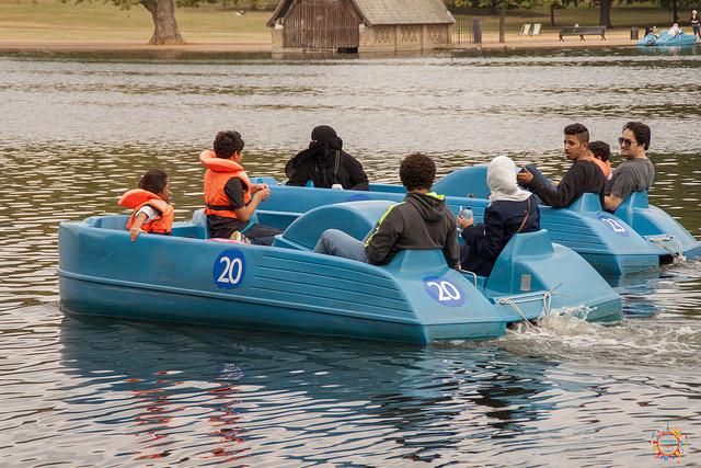 boats hyde park